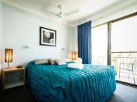 Coffs accommodation with queen beds